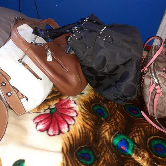 Coach Handbags - Coach purse bundle